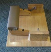 Noise Reducing Wood Kneeler